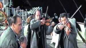 Pagan-fortuna-violin-Titanic-hundio_CLAIMA20131020_0077_14
